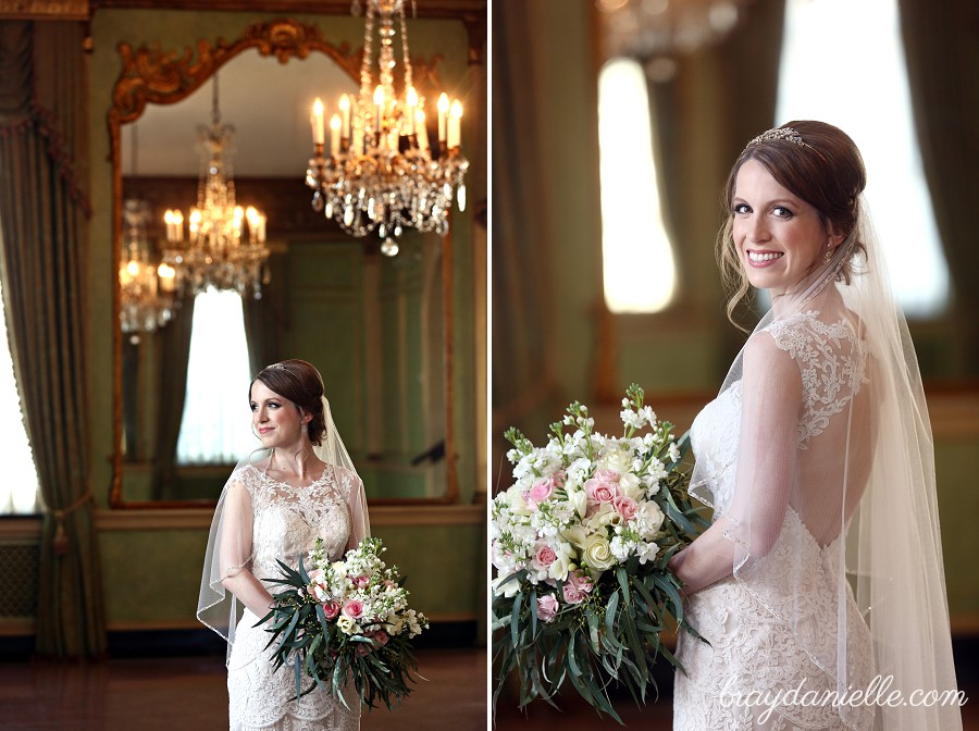 Caitlin S Bridal Portraits At The Old Governors Mansion In